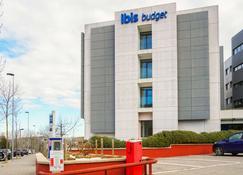 Ibis Budget Girona Costa Brava - Girona - Building