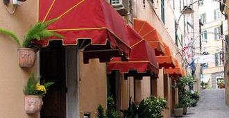 فندق أنجيلو دي أورو - جنوة - المظهر الخارجي