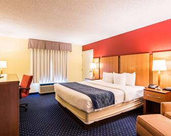 Comfort Inn at Joint Base Andrews - Clinton - Schlafzimmer