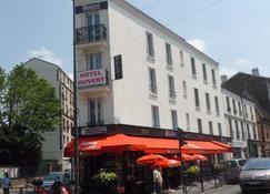 Café Hôtel De L'avenir - Saint-Ouen - Building