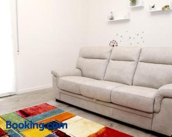 A casa di Elsa - Castenaso - Living room