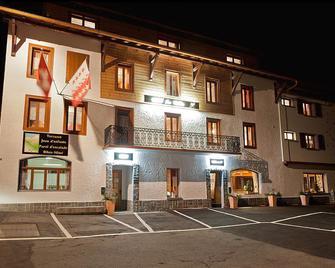La Vallée Hotel & Spa - Bagnes - Gebouw