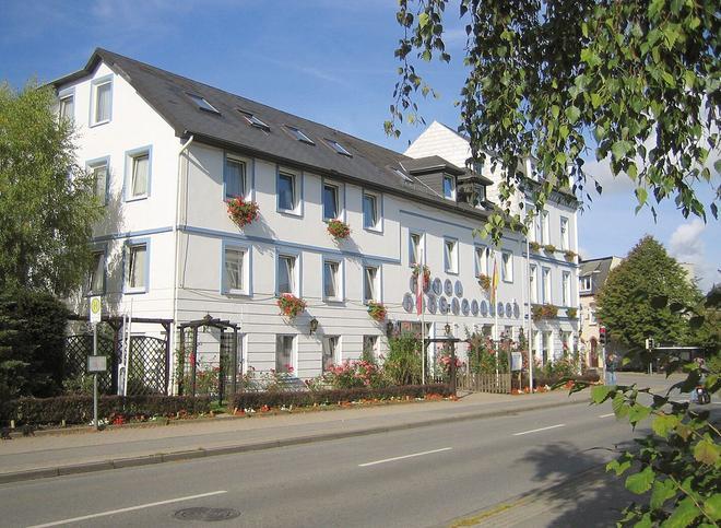 Hotel Hohenzollern - Schleswig - Building