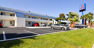 Motel 6 Palm Springs North - Palm Springs - Rakennus
