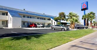 Motel 6 Palm Springs North - Palm Springs - Edificio