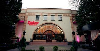 Delice Hotel - Lemberg - Gebäude