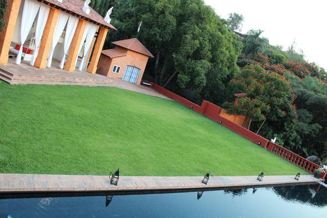 Hotel Terraza Tamayo Toscana - Cuernavaca - Outdoors view