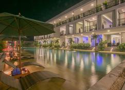 Angkor Elysium Suite - Siem Reap - Pool