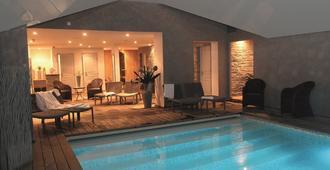 Antares & Spa Honfleur - Honfleur - Pool