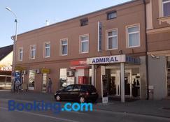 Hotel Admiral - Vinkovci - Building