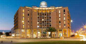 Best Western Hotel Biri - Padova - Rakennus