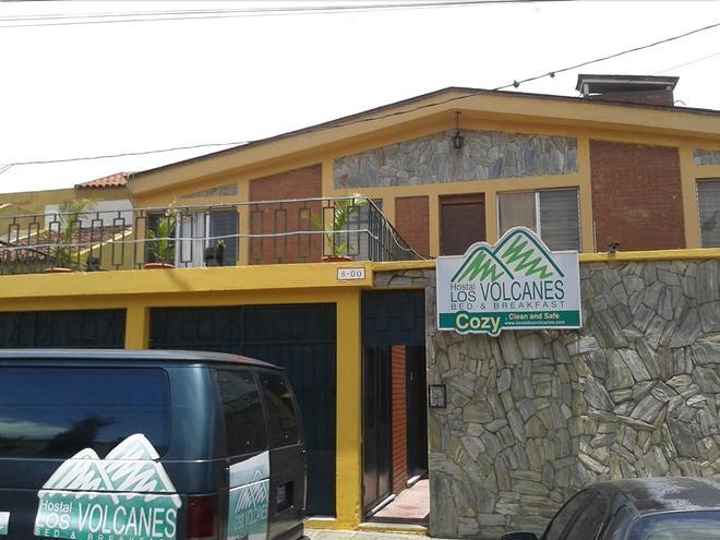 Hostal Los Volcanes - Hostel - Guatemala-Stadt