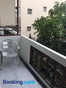 Lamphuhouse Bangkok - Bangkok - Balcony