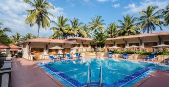 Leoney Resort - Vagator - Pool