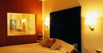 アンフィトリオン ホテル - ナフプリオン - 寝室