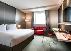 Pullman Paris la Défense - Courbevoie - Bedroom
