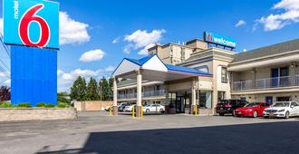 Motel 6 Elizabeth - Newark Liberty Intl Airport - Elizabeth - Gebäude