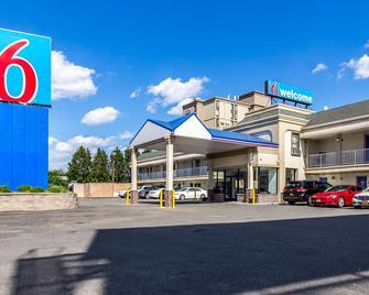Motel 6 Elizabeth - Newark Liberty Intl Airport - Elizabeth - Gebouw