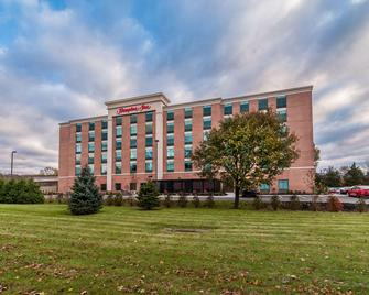 Hampton Inn Norwich - Norwich - Building