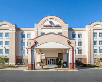 Comfort Suites - Springfield - Edificio