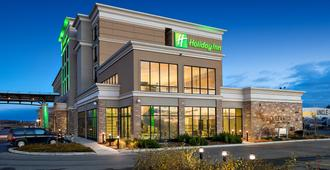 Holiday Inn Hotel & Suites Red Deer South - เรด เดียร์