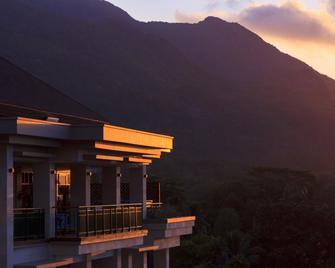 Savoy Resort & Spa - Beau Vallon - Building