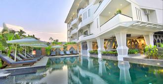 Central Suite Residence - Siem Reap - Piscina