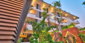 Central Suite Residence - Siem Reap