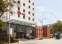 Ibis London Wembley - Wembley - Building