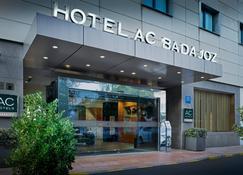 AC Hotel Badajoz by Marriott - Badajoz - Building