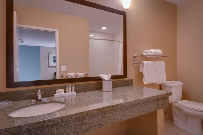 貝斯特韋斯特凡吐拉酒店 - 凡杜拉 - 文圖拉 - 浴室