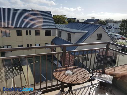 De Lago Motel Apartments - Крайстчёрч - Балкон