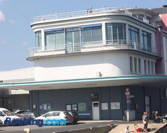 Appartement Design I Port Douarnenez - Дуарнене - Building
