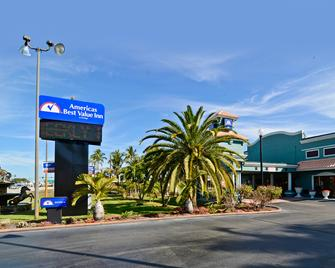 Americas Best Value Inn Ft. Myers - Fort Myers - Building