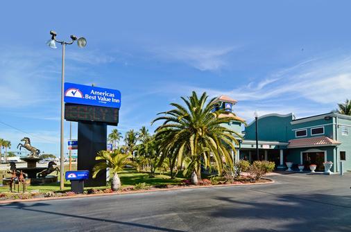 Americas Best Value Inn Ft. Myers - Fort Myers - Rakennus