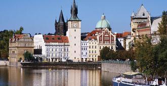 ibis Praha Wenceslas Square - פראג - נוף חיצוני