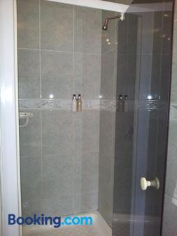 Waterfront Lodge - Knysna - Bathroom