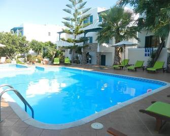 Ioanna Apartments - Agios Prokopios - Pool
