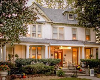 The Magnolia House Inn - Hampton - Building