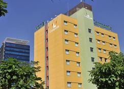 Hotel Campanile Madrid - Alcalá de Henares - Alcalá de Henares - Edifício