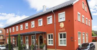 Hotel Restaurant Löwen - Rust - Toà nhà