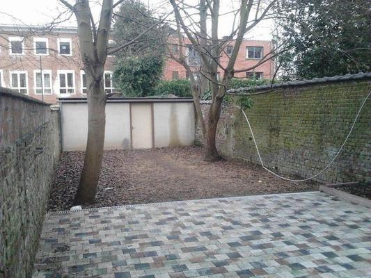 Hostel Louise - Brussels - Outdoor view