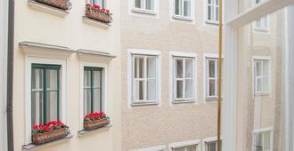 Small Luxury Hotel Goldgasse - Salzburg - Gebäude