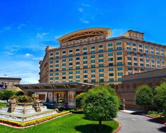 Pala Casino Spa And Resort - Pala - Building