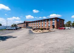 Motel 6 Naperville Il - Naperville - Building