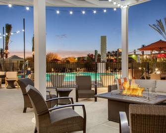 Cambria Hotel Phoenix Chandler - Fashion Center - Chandler - Pool