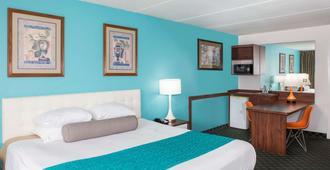 Howard Johnson by Wyndham Clearwater FL - Clearwater - Bedroom