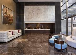 Alvear Art Hotel - Buenos Aires - Front desk