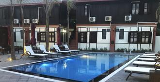 Villa Mahasok Hotel - Luang Prabang - Pool