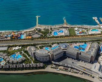 Long Beach Resort & Spa - Alanya - Außenansicht
